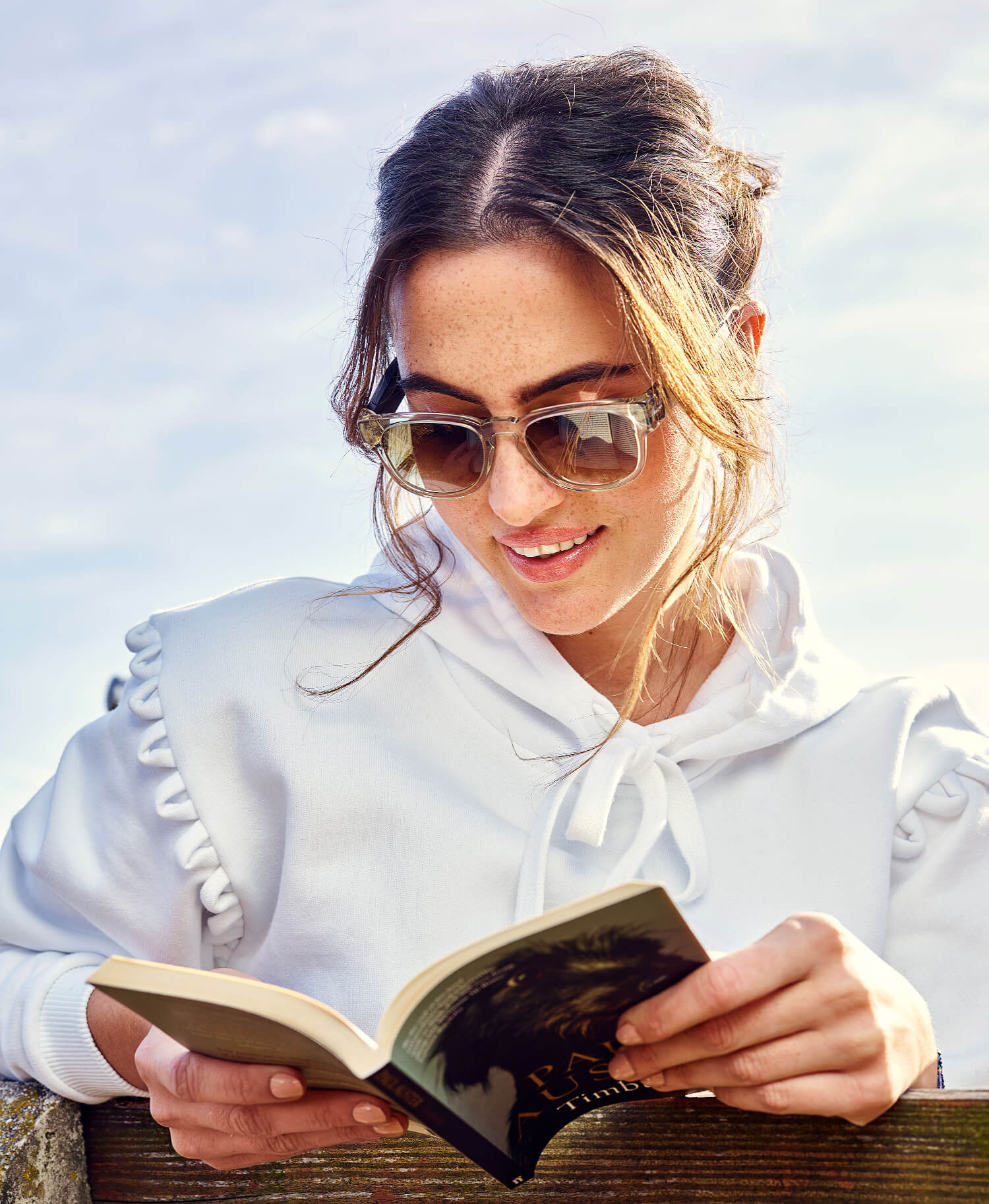 Enjoy time outdoors: Fauna audio glasses let you listen to music via Bluetooth connection